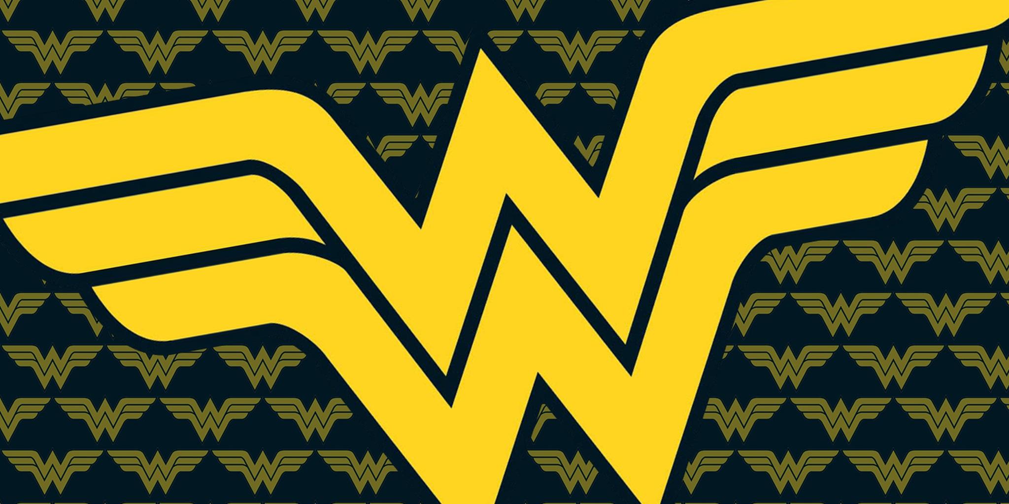Wonder Woman logo pattern