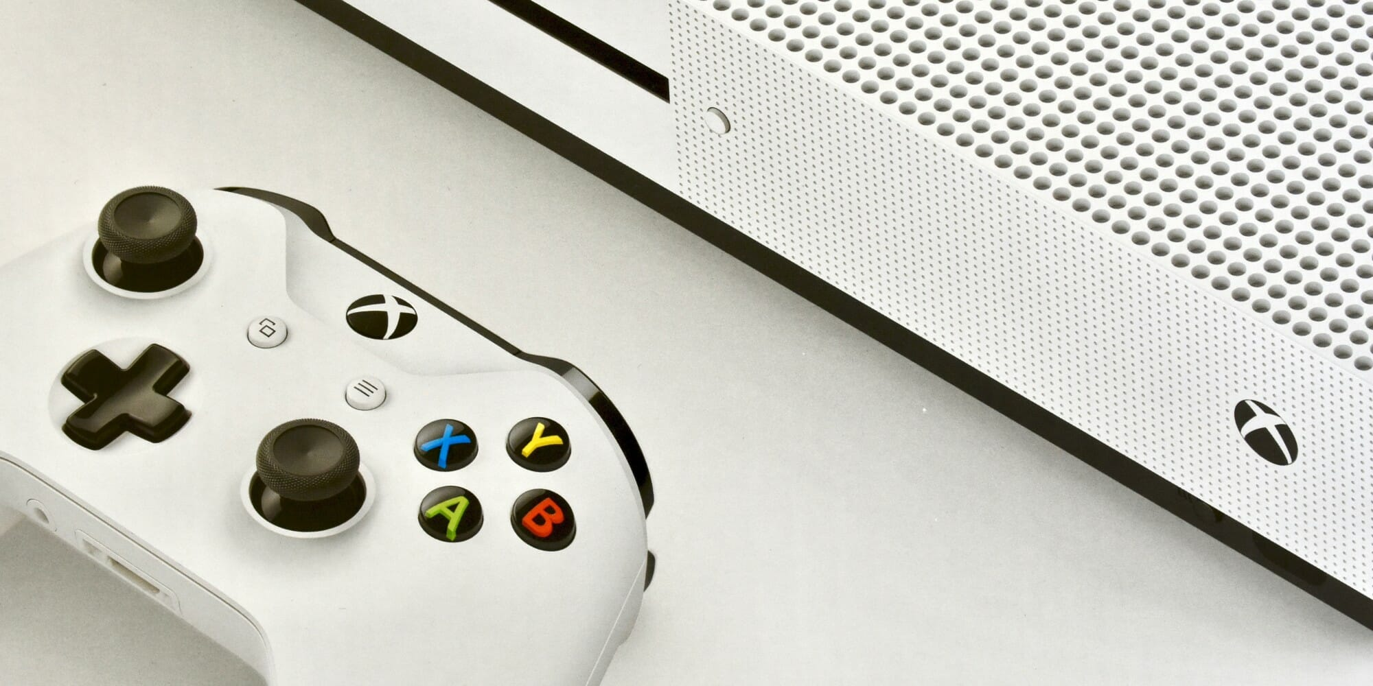 The best Xbox One TV tuners and how to install them - Stock