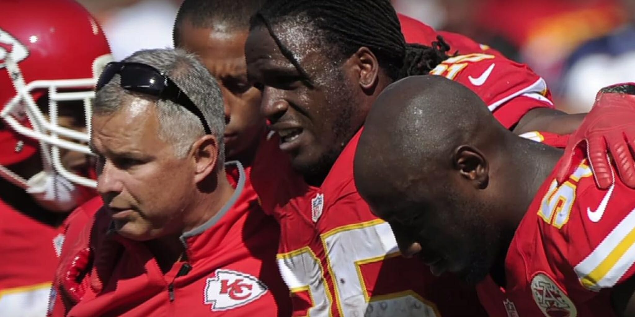 Jamaal Charles, torn ACL vs. Chicago Bears