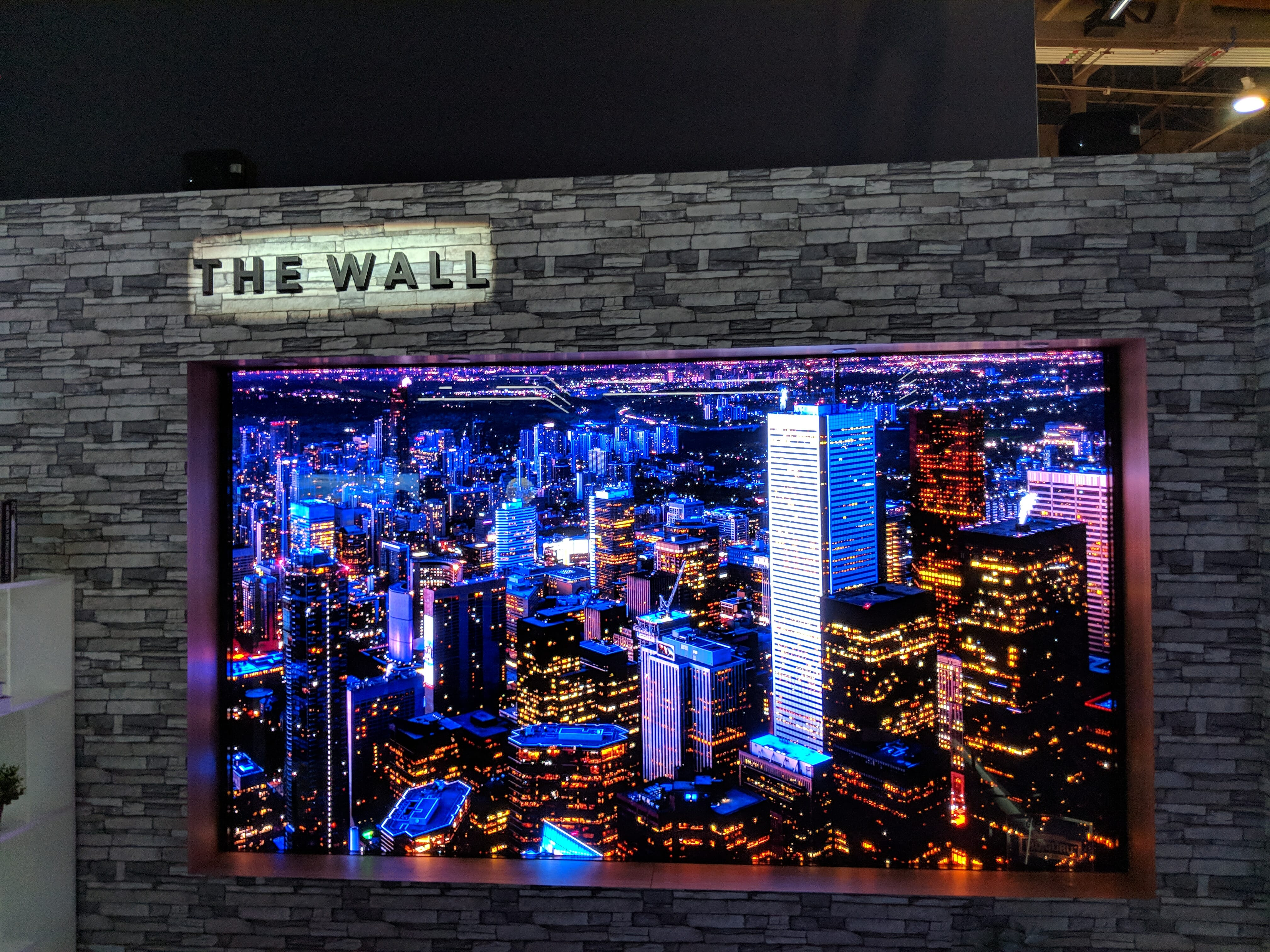 Samsung's 146-inch 'The Wall' TV Display Is a Gorgeous Gimmick