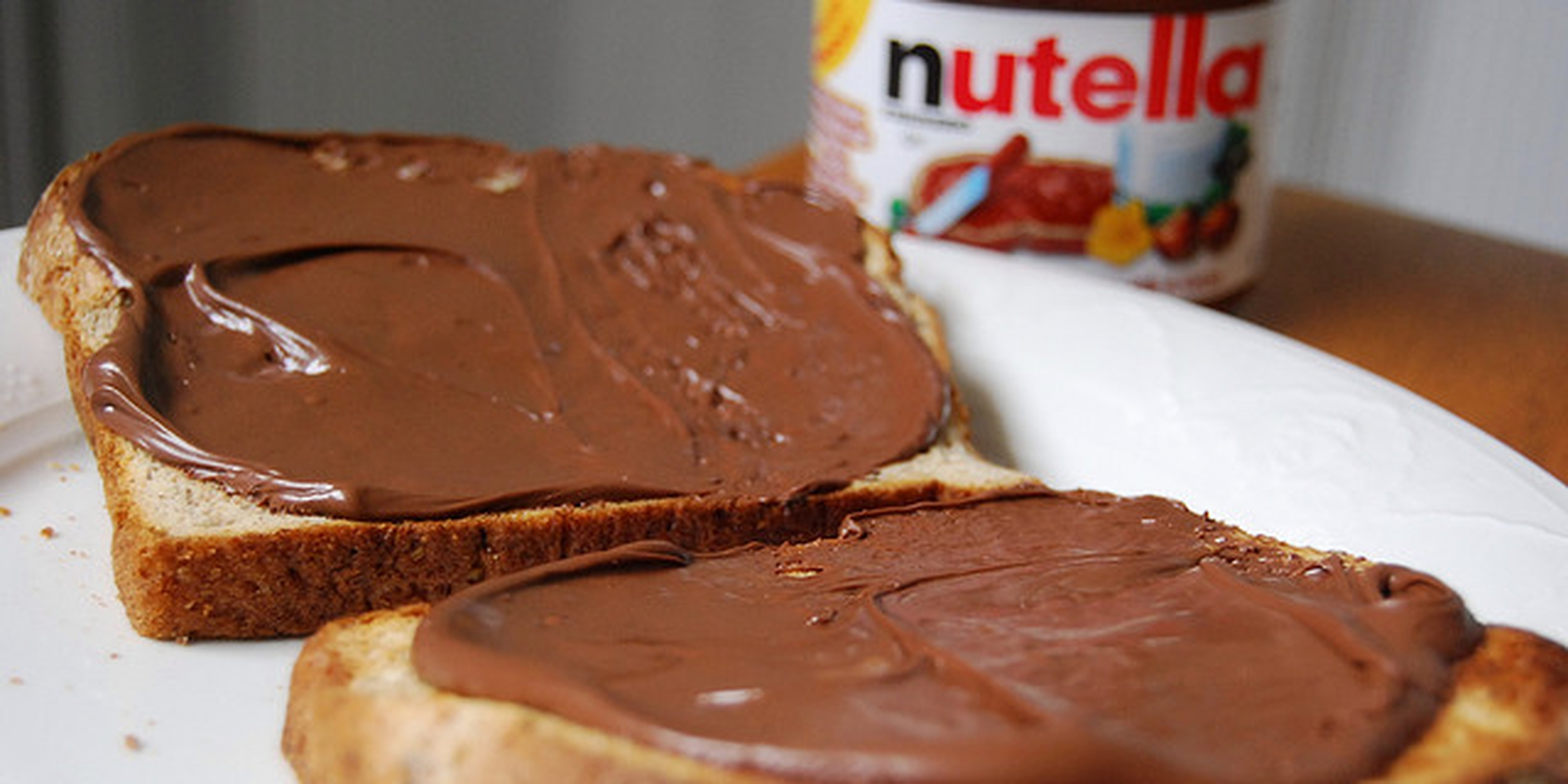 People won't stop eating entire jars of Nutella for YouTube