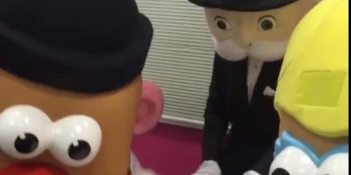 monopoly man vs mr potato head in hungry hippos
