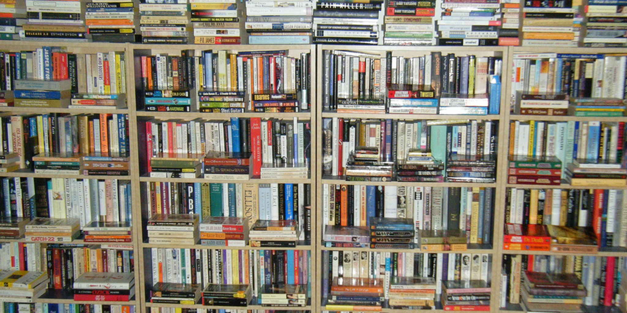 wall of moi's books in bedroom | Flickr - Photo Sharing!
