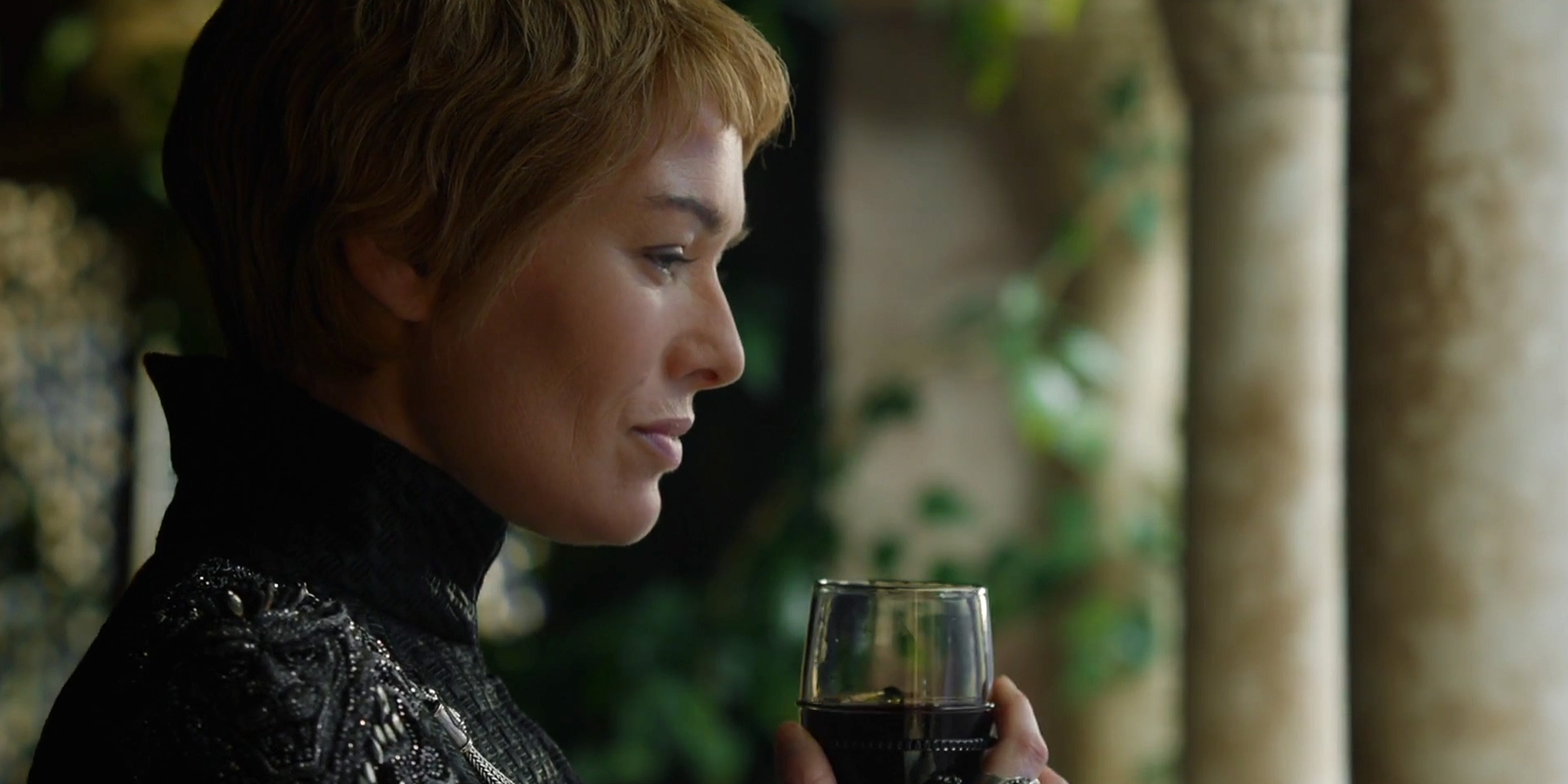 Cersei sipping wine