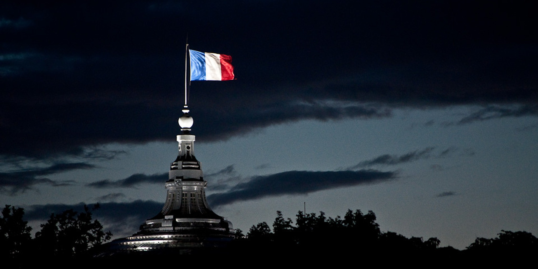 French Flag flying | Flickr - Photo Sharing!