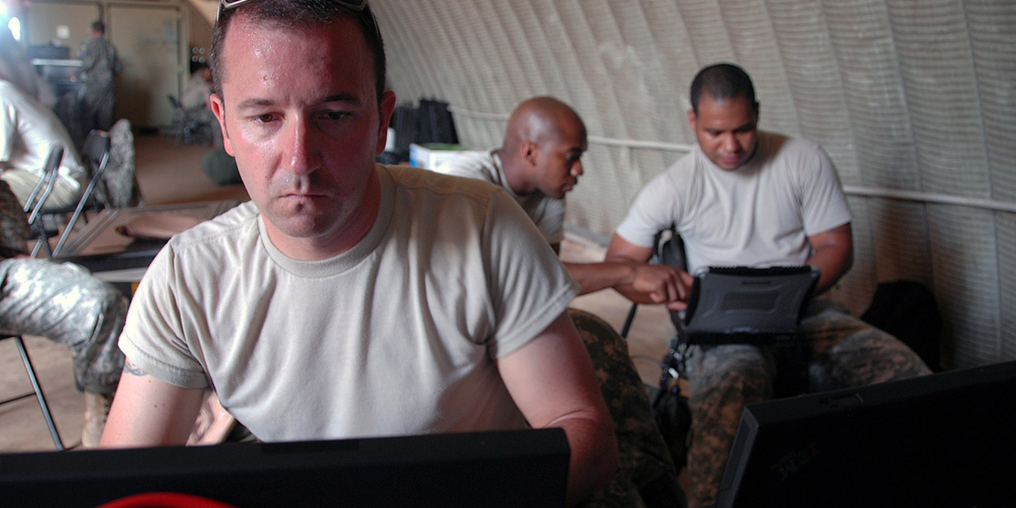 army dude laptop
