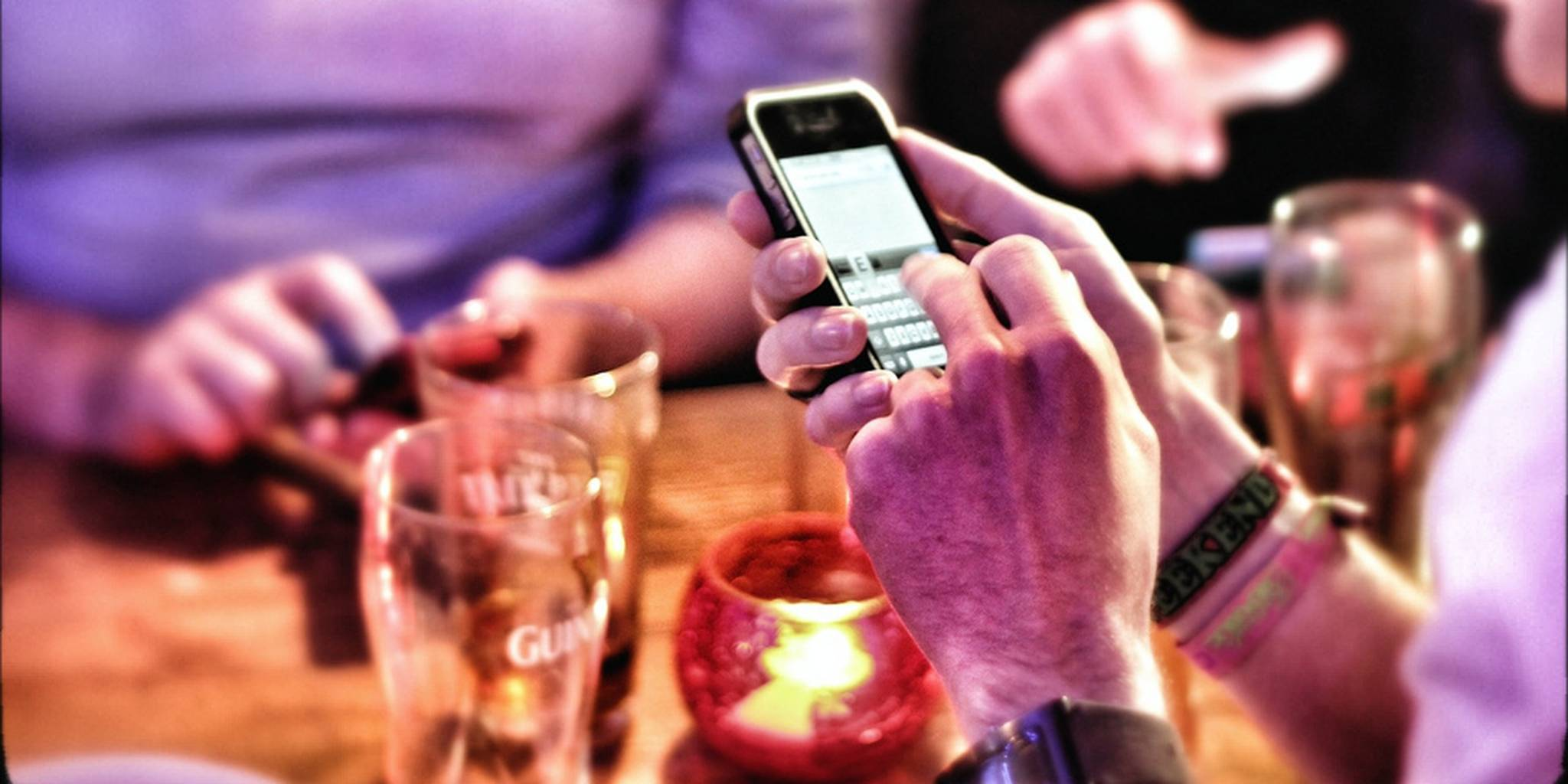 an evening playing 'smartphone' pub quiz with the exeter twitterati! | Flickr - Photo Sharing!