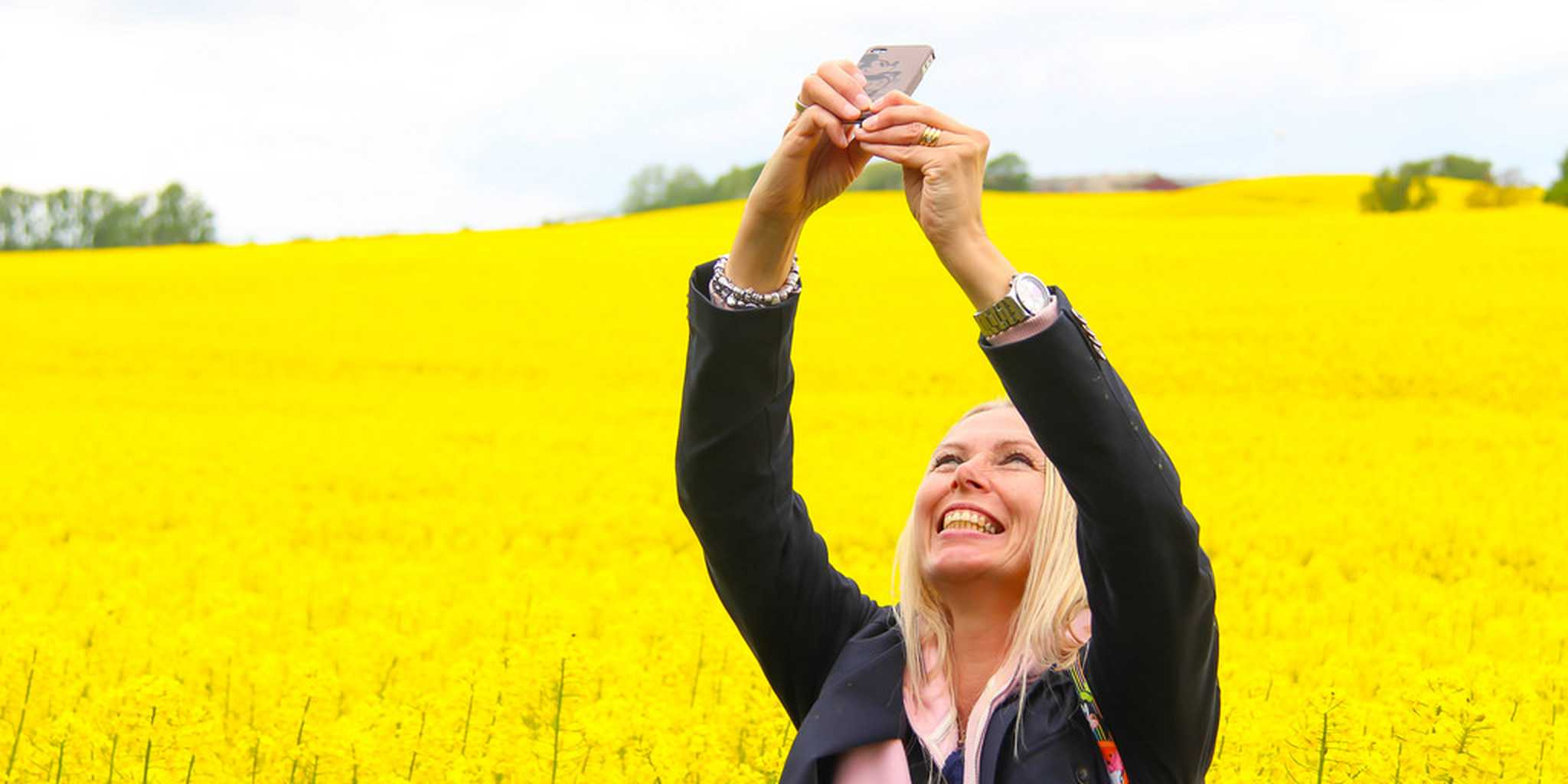 All sizes | Taking a selfie | Flickr - Photo Sharing!