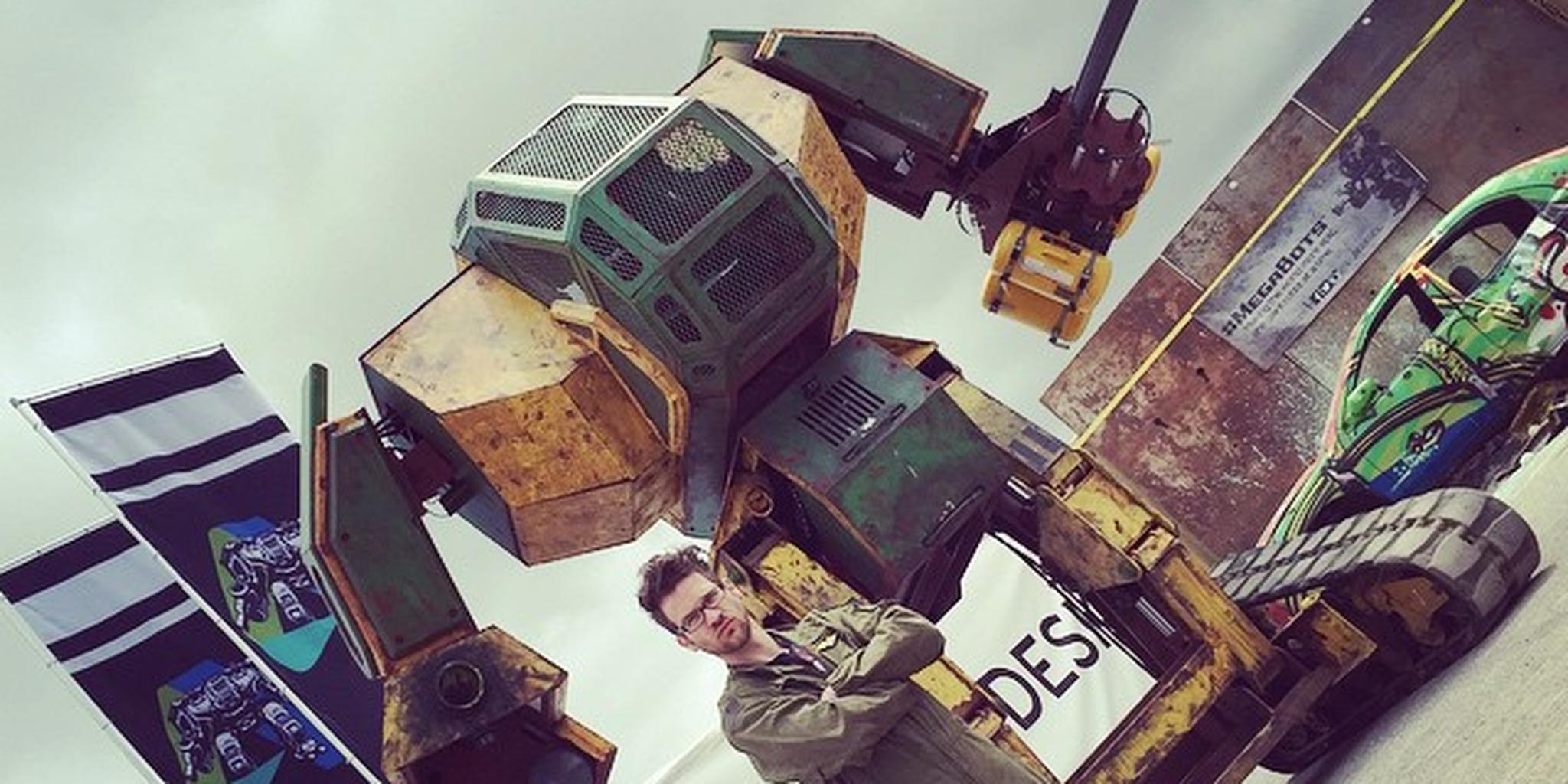 giant robot battle