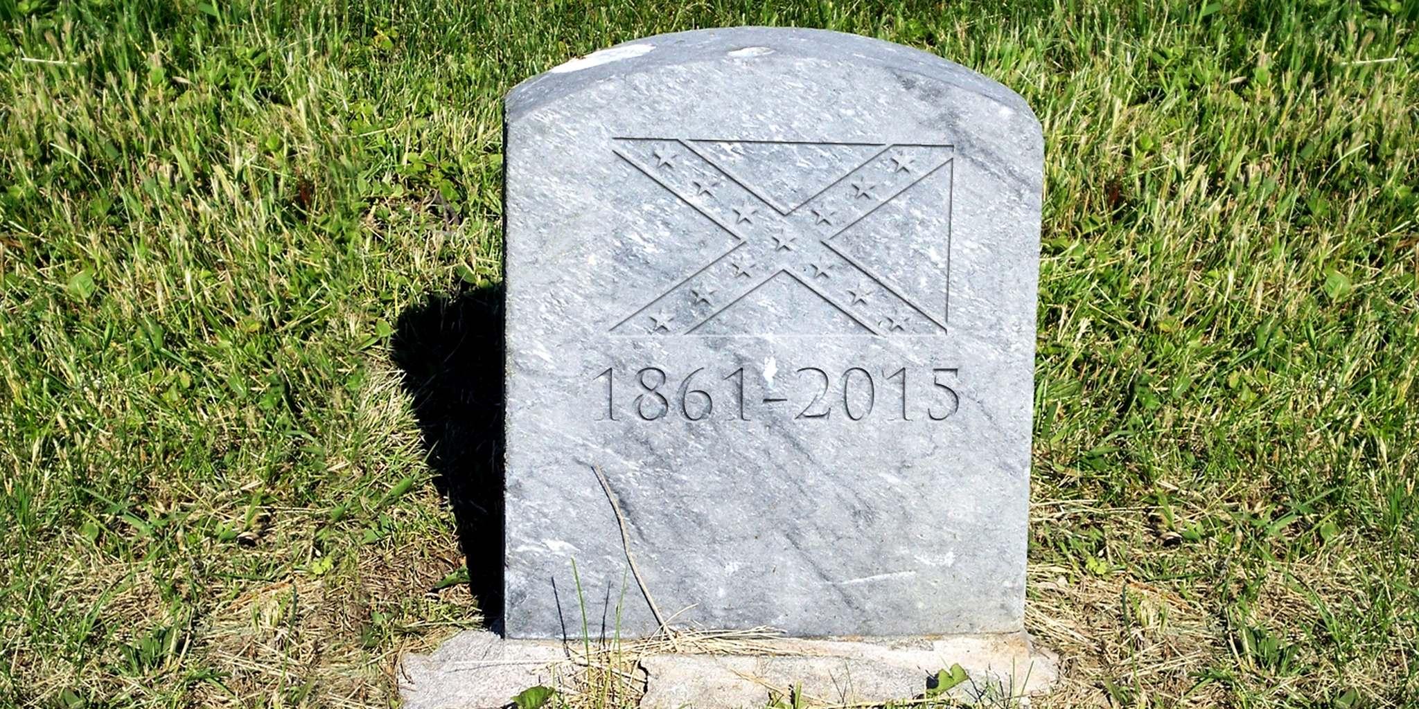 Confederate Flag gravestone 1861-2015